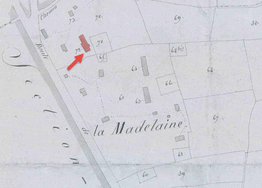 Napoleonic era map identifying dwellings at La Madeleine. The manor house with tower is highlighted.